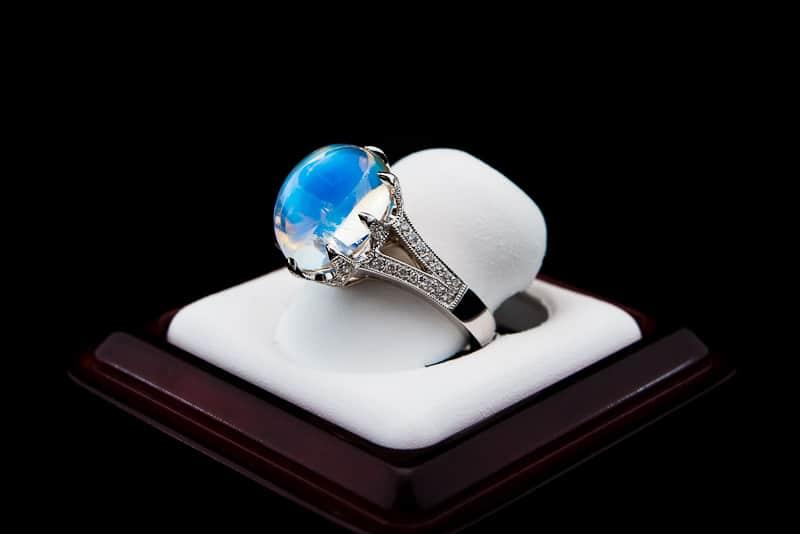 Breski-Moonstone-Ring-side