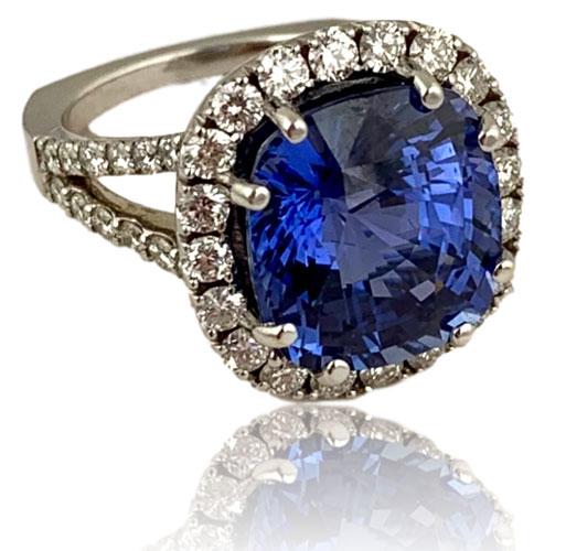 Weisman Memo Sapphire ring